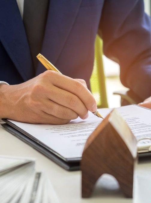 What Exactly Does a Mortgage Broker do?